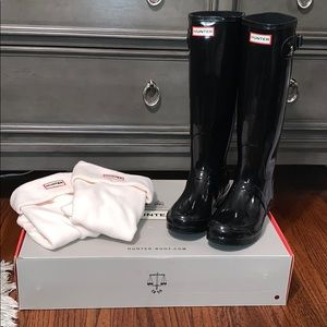 Original Hunter tall gloss rain boots and socks